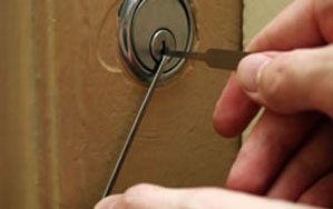 Door locks Devizes